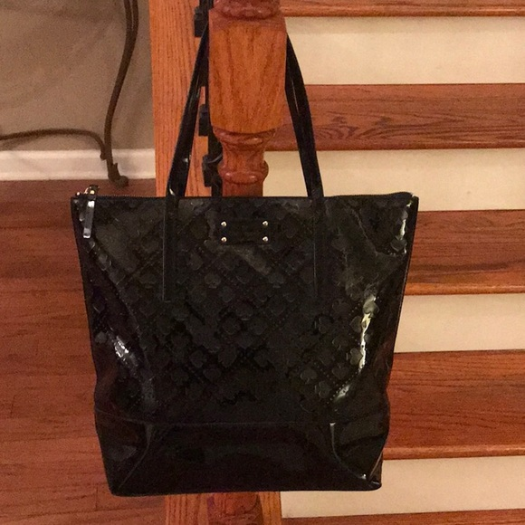 kate spade Handbags - Sale! ♠️Kate Spade Extra Lg. Patent leather tote♠️